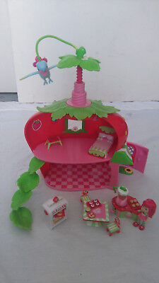 Strawberry Shortcake Twirly Bird Cafe House, dolls house, Dolls and Accessories