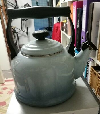 Used LE CREUSET TRADITIONAL WHISTLING KETTLE COFFEE TEAPOT STOVETOP COASTAL BLUE