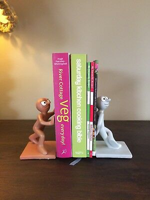 Morph & Chas Novelty Retro Book Ends Tony Hart Hartbeat Collectable