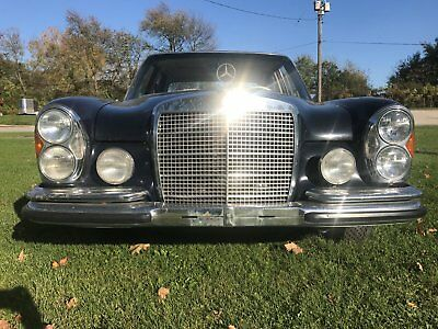 1972 Mercedes-Benz 200-Series  Classic 1972 Mercedes Benz 280SE