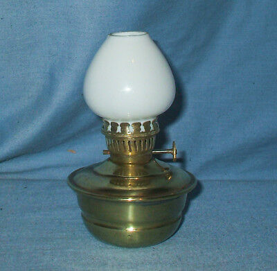 Vintage, Solid Brass, Kelly / Nursery / Pixie Oil Lamp - Amazing condiion
