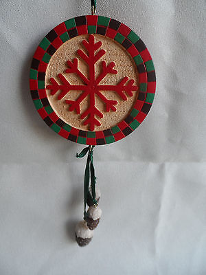 Round Snowflake and Pine Cone Patterned Christmas Tree Ornament new
