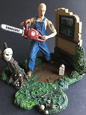 Eminem - Slim Shady - Art Asylum Figure - With Stand, Chainsaw, Mask and Milk