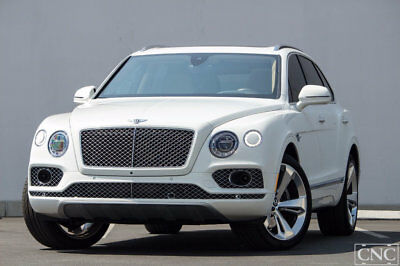 2017 Bentley Bentayga W12 AWD 2017 Bentley Bentayga W12 AWD in Glacier White HUGE MSRP $273,955