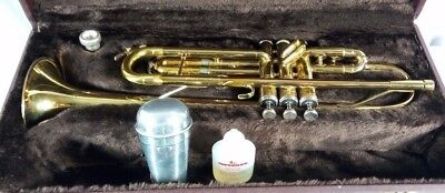 Vintage - CONN 22B Trumpet w Hard-case and Mouthpiece