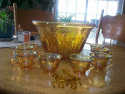 Vintage Indiana Carnival Glass Iridescent Punch Bowl And Cups