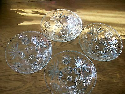 Vintage Anchor Hocking Early American Prescut 4 Salade-Fruit Footed Bowls