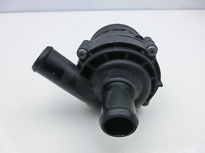 Mercedes C219 CLS 350 3,5 200KW Circulating Pump Heater Pump A2118350364