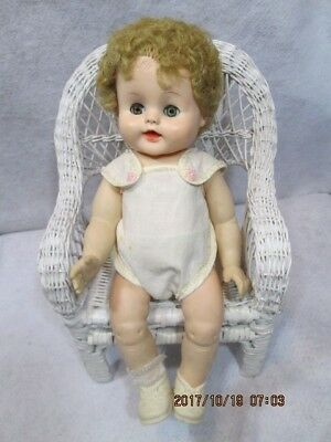 """14"""" Unmarked BETSY WETSY DOLL w/Romper Shoes Open Close Eyes Vinyl Curly Wig"""