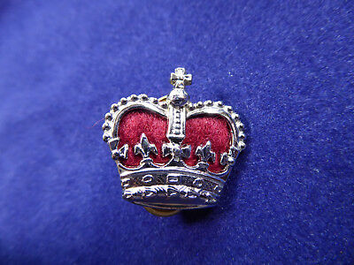 Vintage Obsolete NSW Police Crown Badge, red velvet insert