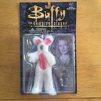 Buffy The Vampire Slayer BNIB Anya Fear Itself Moore Action Collectibles