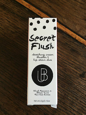 SECRET FLUSH de Universal Beauty Cosmetics Teinte 04 Nectar NEUF