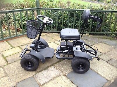 Golf Buggy. Power house single seat with lithium battery 27 holes