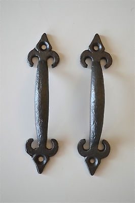 A pair rustic cast iron small Fleur De Lis handle cabinet drawer pull handle RC1
