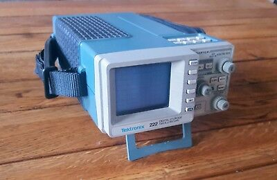 Tektronix 222 Oscilloscope With Case and Power Adapter