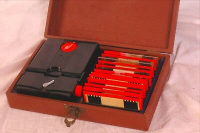 Stereo realist bakelite viewer with case & stereo slide collection vgc