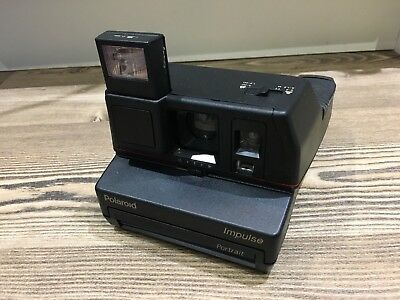Polaroid Impulse Portrait Instand Camera, Use With 600 film,Tested & Working