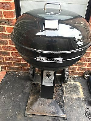 DOWN  UNDER PARTY GRILL - Cook - On Gas BBQ Weber Type Cook and Grill on Wheels