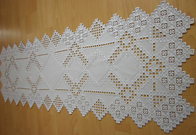 """HARDANGER NEW BEAUTIFUL  HANDCRAFTED tabel runner silver/gray 47"""" x 16"""""""