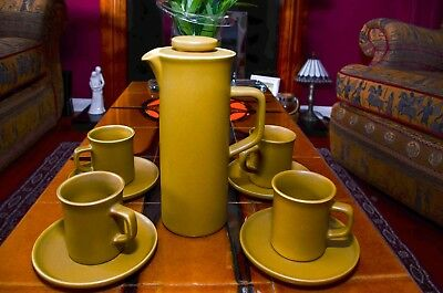 Govancroft Glasgow Coffee Pot 1970's complete with four coffee cups and saucers