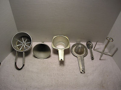 Vintage  Aluminum Kitchen Utensils (6)