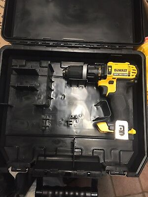 Dewalt Dcd785 18v hammer drill with battery and case