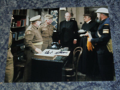 78 10x8  PHOTO SIGNED- FRANK WILLIAMS DADS ARMY