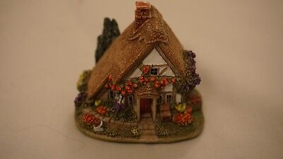 Lilliput Lane Cottage. Roses Are Red