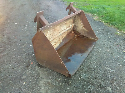 5' Grain Earth Bucket JCB Quick Fit Brackets for Loadall Telehandler Loader