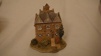 Lilliput Lane Cottage. The Triangular Lodge, Rushton