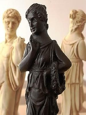Stunning classical statues Chess Set -Michelangelos David-Aphrodite-the Thinker