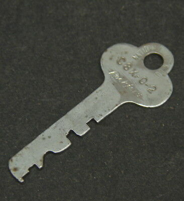 Vtg National Lock Co C8X-0-2 Rockford Key Replacement Padlock Lever Lock Chest