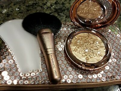 Mac Highlighter Whisper Of Gilt Snowball Collection.BNIB.AUTHENTIC.LAST ONE