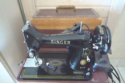 Vintage Singer 99K Portable Sewing Machine EN021103 With Case