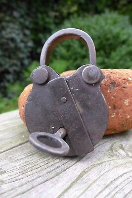 Antique vintage padlock with one key, working order, collector, hobby 25-02
