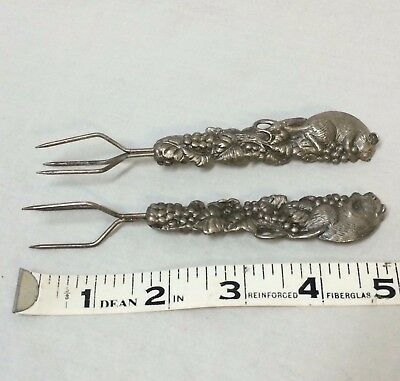 Victorian Forks Set of 2 Art Nouveau Mouse Grape Trident 3-Pronged Spear Serving