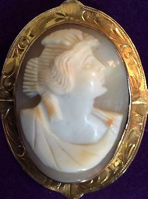 VICTORIAN CAMEO Of ROMAN STYLE LADY SET ON 10 KT GOLD HAND MADE FRAME