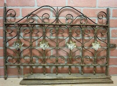 Antique Cast Iron HEARTS&FLOWERS Fence Window Gate Old Architectural Hardware 2