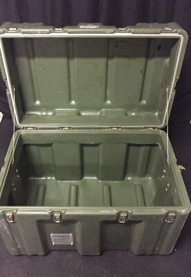"HARDIGG 34x22x21"" Shipping Container Hard Case Waterproof Military Grade Hinged"