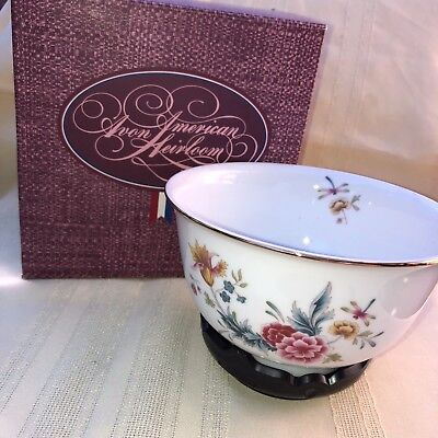 Vintage Avon American Heirloom Porcelain Bowl With Stand In Box
