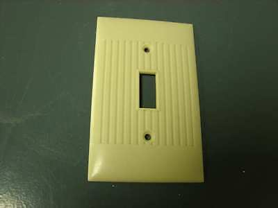 Vintage Sierra Ivory Bakelite Ribbed switch Plate Art Deco Cover ribbed