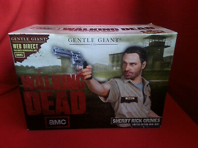 The Walking Dead Sheriff Grimes Mini Bust(with Hat) Gentle Giant