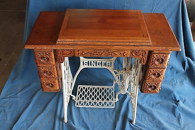 1902 Singer Treadle Sewing Machine/gingerbread Cabinet*very Nice*(Pickup Only)