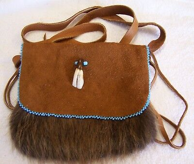 Hand Made Beaded Beaver Fur Pouch Rendezvous Black Powder Mountain Man 12