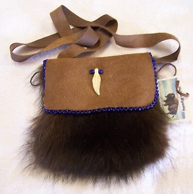 Hand Made Beaded Raccoon Fur Pouch Rendezvous Black Powder Mountain Man 8