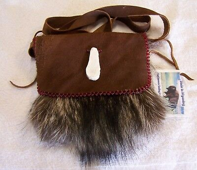 Hand Made Beaded Raccoon Fur Pouch Rendezvous Black Powder Mountain Man 14