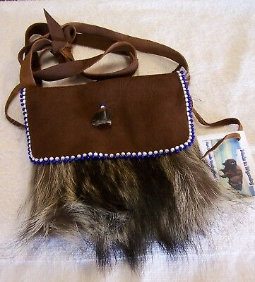 Hand Made Beaded Raccoon Fur Pouch Rendezvous Black Powder Mountain Man 15