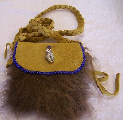 Hand Made Beaded Buffalo Fur Pouch Rendezvous Black Powder Mountain Man 17