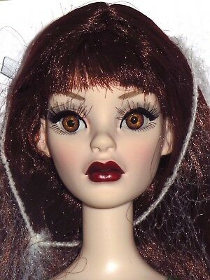 "Tonner Wilde - Green with Envy Basic Parnilla 18"" Evangeline Ghastly Doll"
