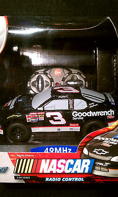 Goodwrench #3 NASCAR Radio Control Car Jakks Pacific Radio Shack 1:30 scale